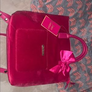 Brand new hot pink juicy couture purse/bag